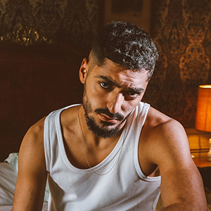 Sneazzy : Vrai nom, Origine, Biographie, Son film La Source…